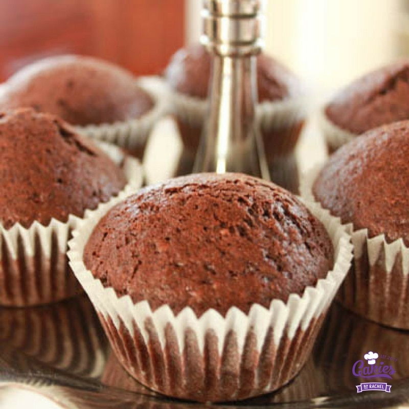 """""""Goed voor je cakie"""" - Een veganistische chocolade cupcake. Een nootachtige, aardse en chocoladeachtige lichte cupcake. Volledig veganistisch en gezond!"""