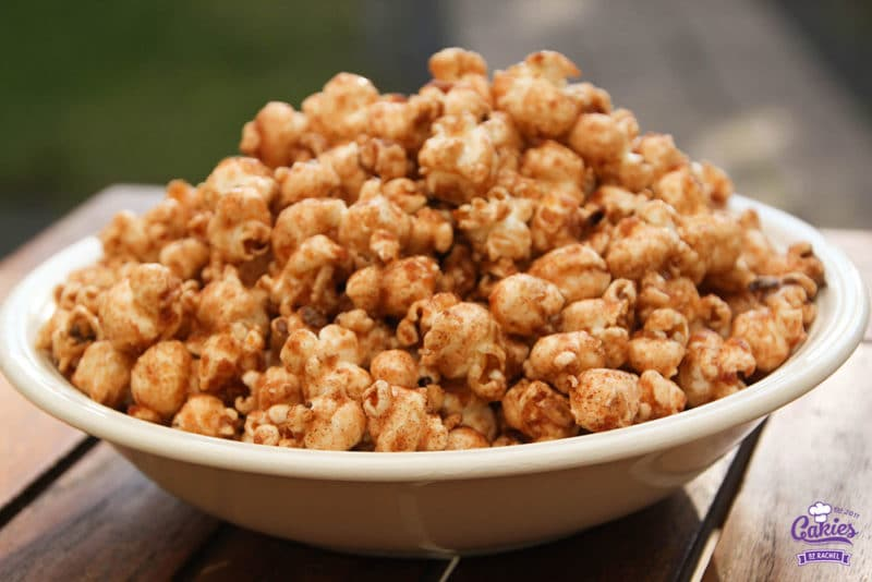 Addictive Cinnamon and Sugar Popcorn Recipe | This cinnamon and sugar popcorn is so good you will not be able to stop eating it. It's deliciously addictive! A simple and easy recipe. | https://www.cakieshq.com | Step 08