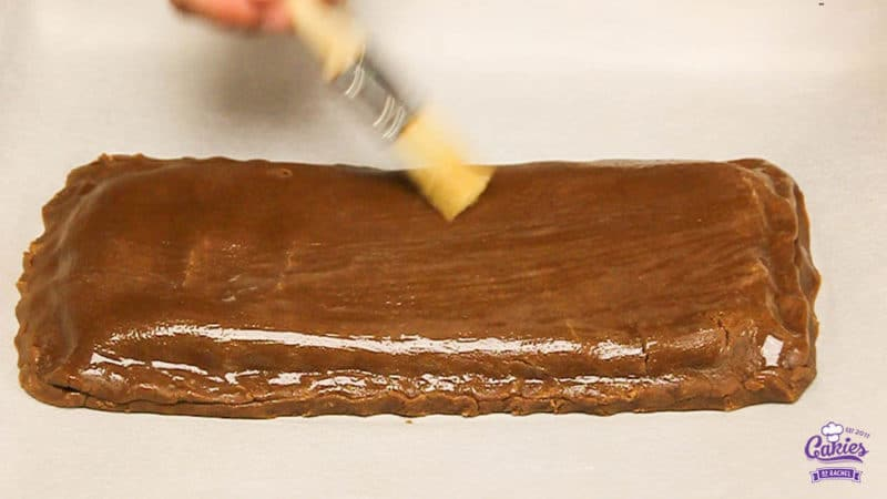 Gevulde Speculaas Recept | Gevulde Speculaas is super lekker en heel makkelijk om zelf te maken. Heerlijke speculaas met een zachte amandelspijs vulling. | http://www.cakies.nl | Stap 19