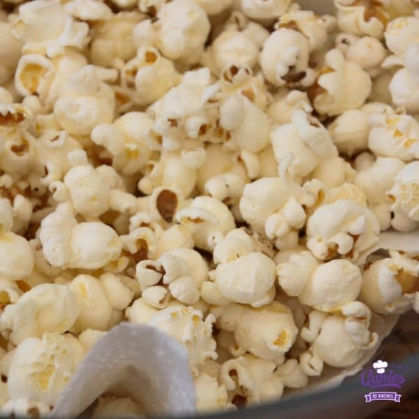 How To Pop Popcorn (the old fashioned way) | Cakies