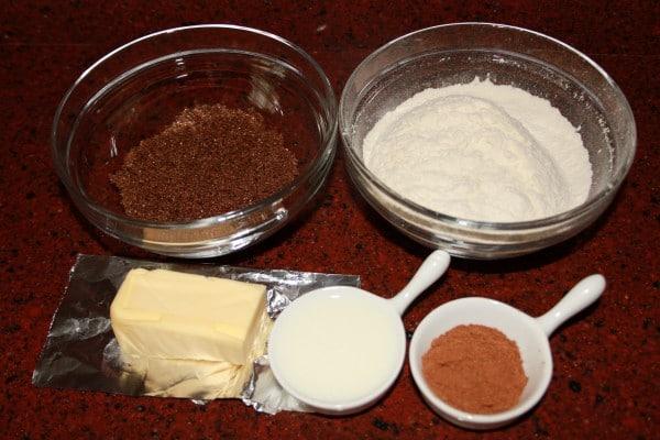 Lekkerste Kruidnootjes Recept | Een makkelijk kruidnootjes recept mag uiteraard niet missen voor Sinterklaas. Dit kruidnootjes recept is super makkelijk en leuk om met kinderen te maken. | http://www.cakies.nl | Stap 01