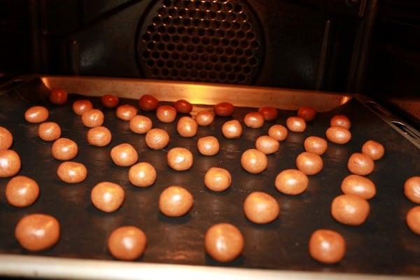 Lekkerste Kruidnootjes Recept | Een makkelijk kruidnootjes recept mag uiteraard niet missen voor Sinterklaas. Dit kruidnootjes recept is super makkelijk en leuk om met kinderen te maken. | http://www.cakies.nl | Stap 14